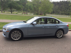 2013 BMW 328xi xDrive (AWD) 70000 km Excellent Condition