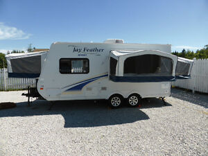 Jayco Jay Feather Sport X18D Travel Trailer