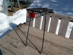 Excellent Condition: Rear Bicycle Carrier Rack