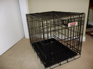 Medium Tuff Brand Wire Kennel - Like New