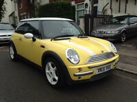 BMW MINI COOPER 1.6 PETROL. FULL MOT. A/C. WHITE ALLOY WHEELS. 88000 MILES ONLY.
