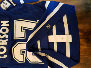 Shayne Corson signed jersey with certificate of authenticity