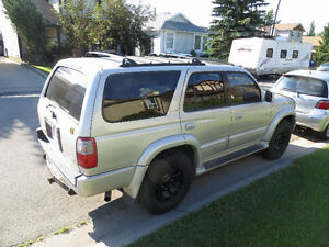 1998 Toyota 4Runner LTD SUV, Crossover