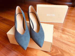 MICHAEL KORS (neuf) SUEDE HEEL SHOES