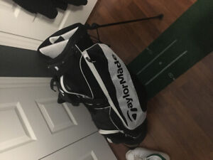 BRAND NEW TAYLORMADE STAND BAG with bonus