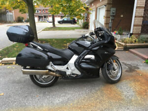 Honda ST1300 for sale, Corbin seat extra cargo, cb included