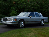 1990 Lincoln Town Car DUB Bellagio Spinner Rims