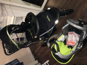 Carseat stroller combo