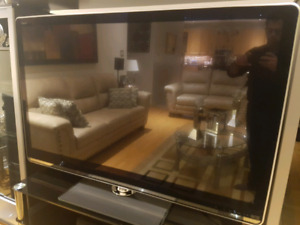 60Inch Sharp Aquos LED-Read description