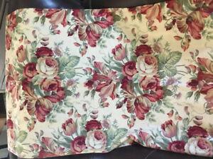 Rod Pocket Floral Drapes