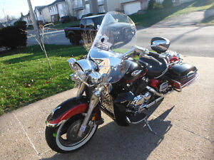 REDUCED!!  Yamaha - Royal Star Tour Deluxe