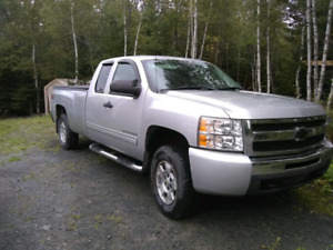 2010 Chevrolet Silverado LT Z71 ext cab long box