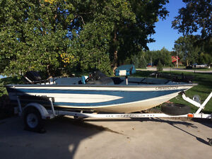 16.5 ft Aluminum Fishing Boat & Trailer