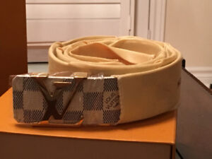 Authentic Louis Vuitton belt with tags - 95 cms