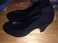 Size 4 wedge shoes faux suede