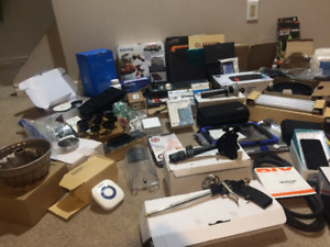 Lot of mixed household items and electronics