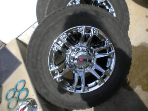 "18"" x 9"" 6 Bolt Chrome Wheels and 285/65/18 Tires"