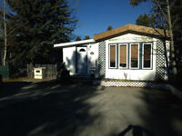 Short term rental in a renovated trailer in Northland