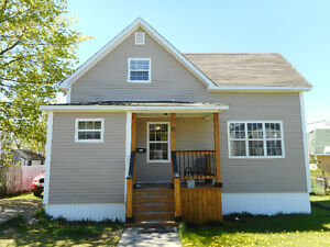 3 Bedroom Home Located in Downtown Grand Falls - Windsor!