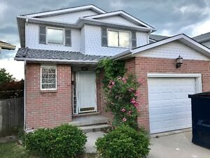 BEAUTFULLY RENOVATED 6 BDRM HOME IN SOUGHT AFTER LOCATION!