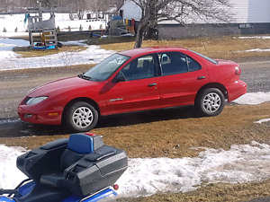 2003 sunfire  as is