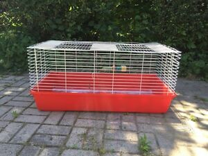 Great Guinea pig/ bunny cage w accessories