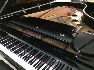 Piano à queue 7' Samick noir lustré à 7 500,00$