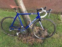 Mekk Pinerolo 1.5 road bike, 56cm frame, carbon forks