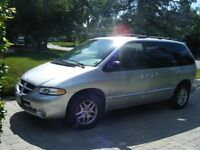 2000 Dodge Caravan SPORT Minivan, Van 176,000 KM