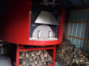 EARTH STONE WOOD PIZZA OVEN WAS 6000 NOW $5000