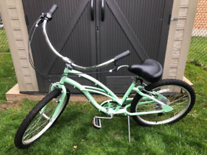 Girls Townie Cruiser 24""