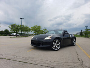 Selling 2010 NISSAN 370Z Roadster Black! Perfect Summer Ride!!!