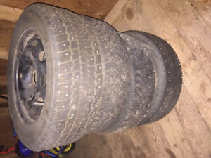 4 studded tires on rims 195/60 R15