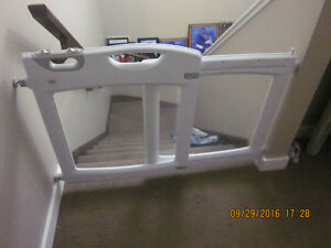 Great Gate For Sale - Expandable and Fits into Most Doors. Edmonton Edmonton Area image 1