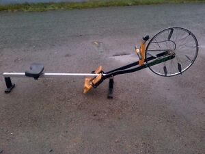 FANTASTIC COMMERCIAL ROWER --WORKS PERFECT