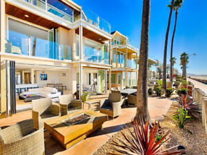 Beachfront villa with 3 bedroms in South Mission Beach