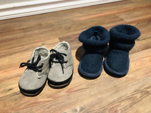 Baby shoes 6-12M