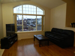 $2500 3 Bed Eagle Ridge House