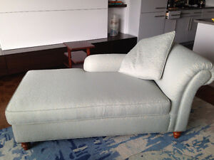 Moving sale/Déménagement vente--Chaise Longue