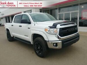 2015 Toyota Tundra SR5  One owner, Local trade