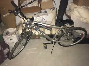 SELLING CCM NITRO XT FS MOUNTAIN BIKE