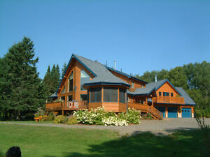 Cedar Log Home & Cabin