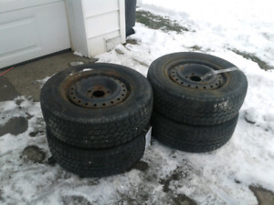 Nordic 215/60R15 Snow Tires on Rims