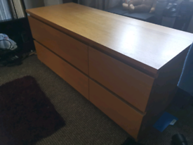 Wooden TV cabinet/chest of drawers