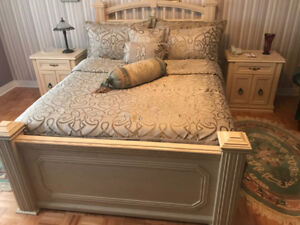 Queen Sized bed & Night tables