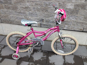 """Girls Supercycle Bike Excellent Condition - 18"""" w"""