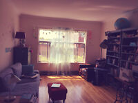 5 1/2 in cool Mile End AVAIL. SEPT or OCT. 1,150 SQF