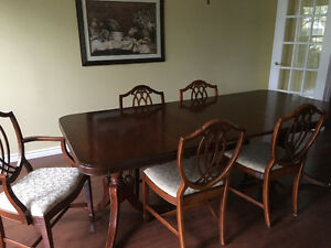 Antique mahogany dining table and chairs (reduced from $1000)