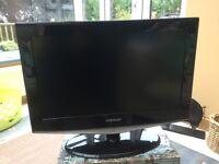 "Samsung 28"" HD TV."