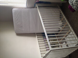 White Ikea Crib with Mattress. Very good condition